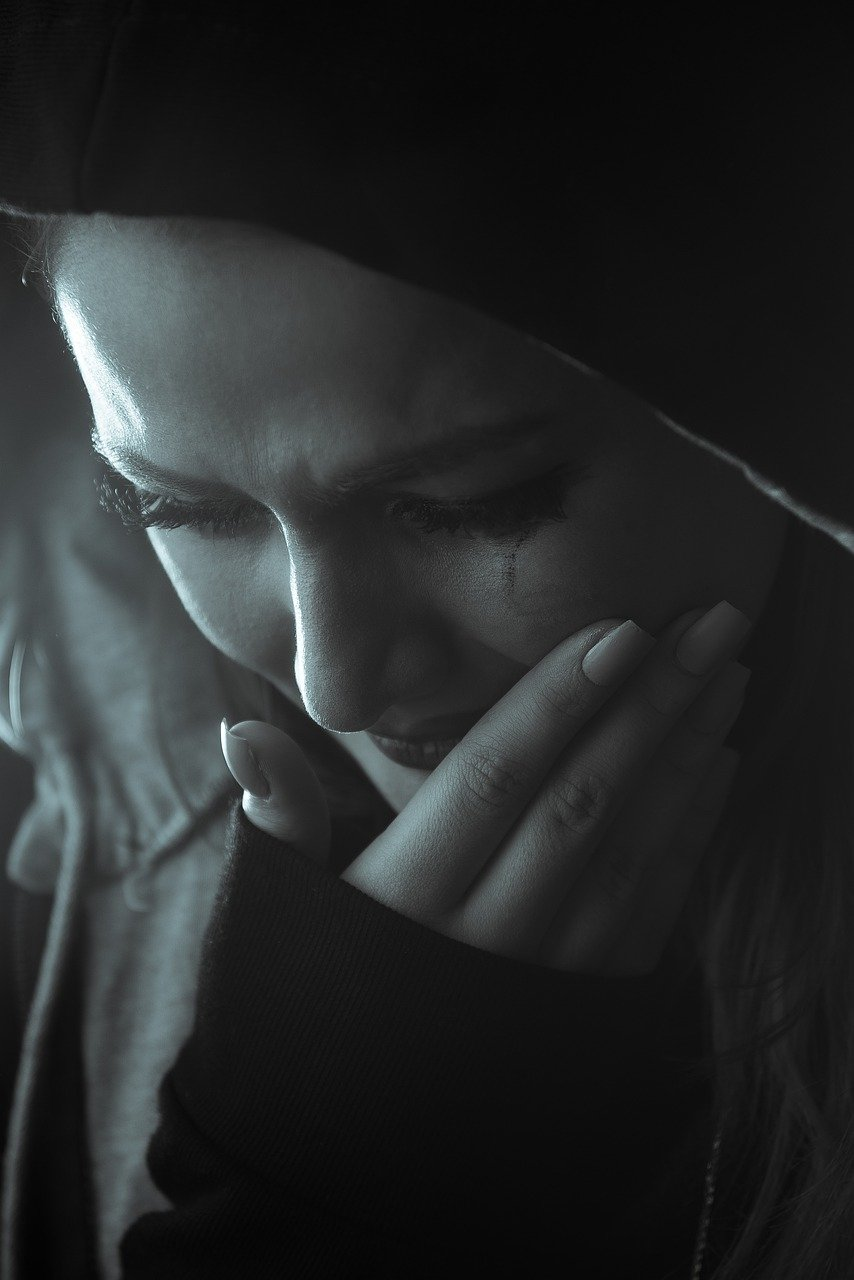 girl with tears